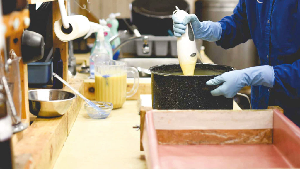 Fabrication et Commercialisation de savon local